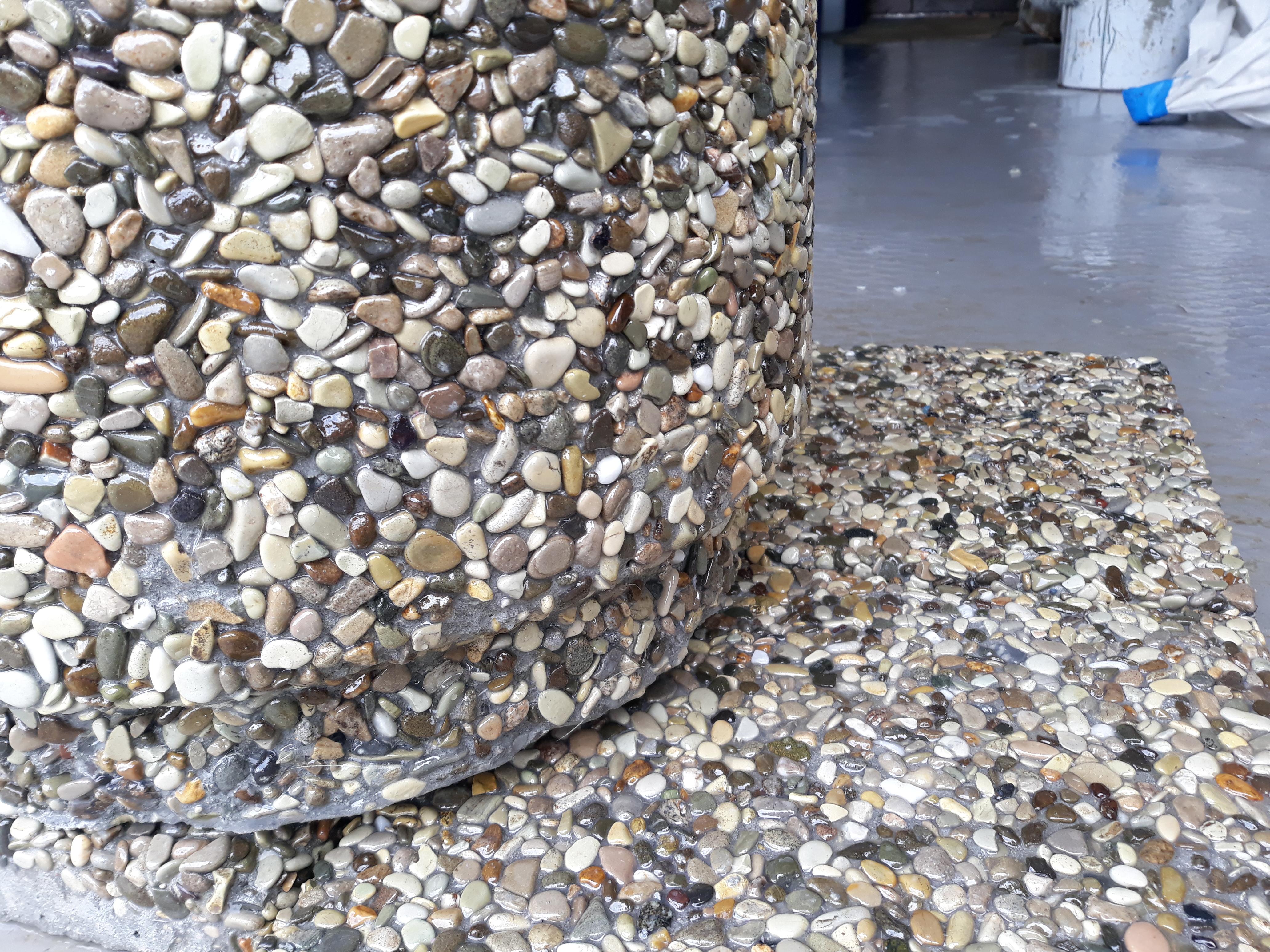 декоративная бетонная плитка из мытого бетона